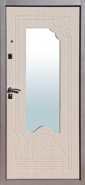 входные двери белёный дуб с зеркалом